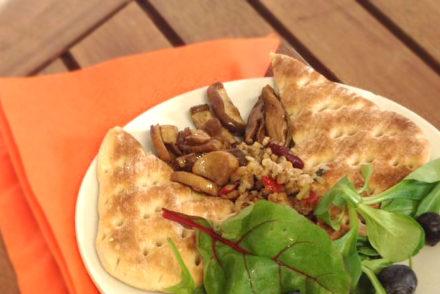 Fein marinierte Shiitake mit Blattsalat.